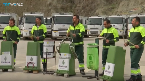 Rubbish collectors on the beat in Turkey