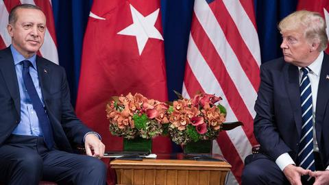 Erdogan and Trump discuss co-operation on phone call