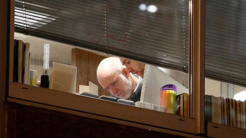 UK investigators enter the offices of Cambridge Analytica