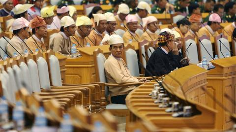 Myanmar parliament elects Suu Kyi loyalist as new president