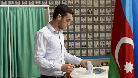 Azerbaijan referendum extends president's term in office