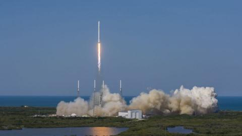 SpaceX sticks rocket landing at sea in historic first