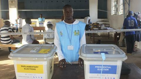 Sierra Leone heads to polls after bitter campaign