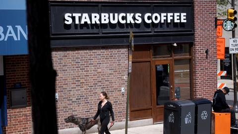 Starbucks faces image crisis after arrest of 2 black men