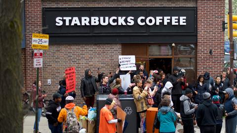 Starbucks to shut US stores for