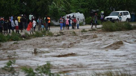 Nine dead as Hurricane Matthew batters Haiti