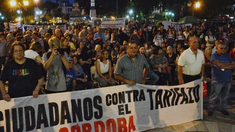 Argentines take to streets to protest utility rate hikes