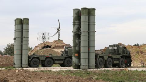 Saudis seek to prevent Qatar from buying Russian missiles