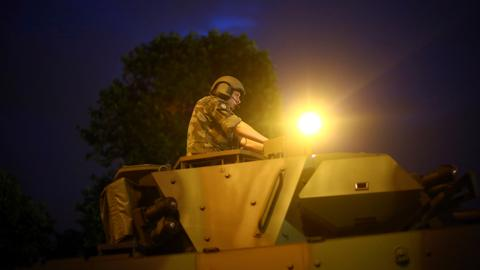 French troops in close contact with PKK's Syrian branch - sources