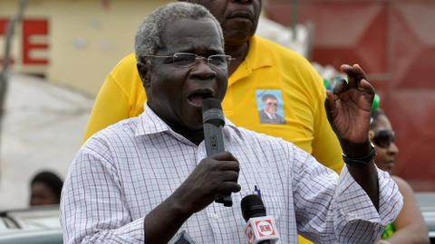 Mozambique opposition leader and ex-guerrilla Dhlakama dies aged 65