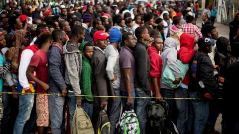US suspends deportations of Haitians after Hurricane Matthew