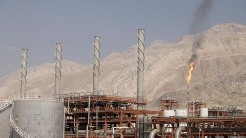 Europe still buying Iranian oil amid sanctions threat