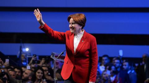 Turkey's female politicians take to the election battleground