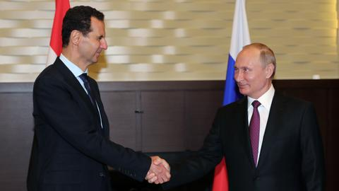 Putin meets Assad, calls for 'political process' on Syria