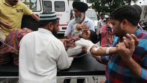 Seven dead as India, Pakistan trade fire along Kashmir border