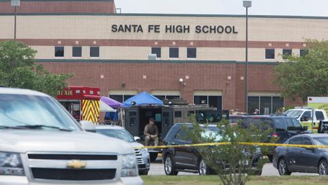 Teenager guns down at least 10 in Texas high school
