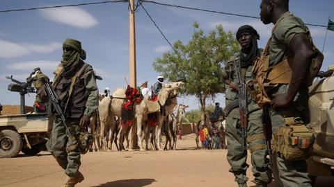 Attack on market in Mali kills at least 12 civilians