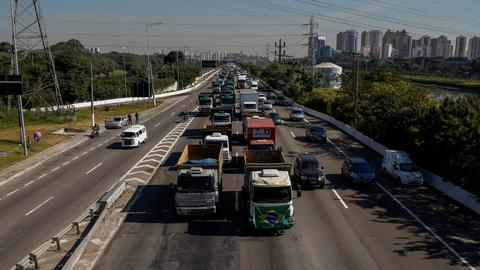 Brazil truckers strike for second day over fuel prices