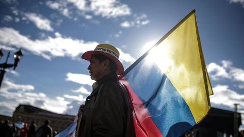 Colombians head to the polls seeking a break from the past