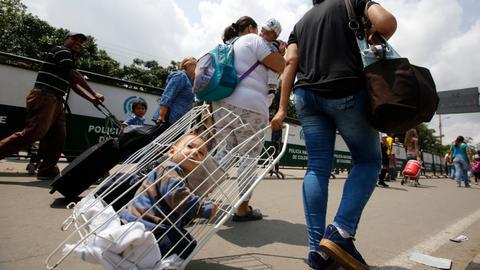 Thousands seek help in Colombia as Venezuelan health care crisis worsens