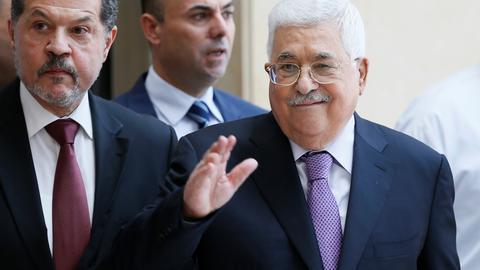 Palestinian leader leaves hospital after week-long stay