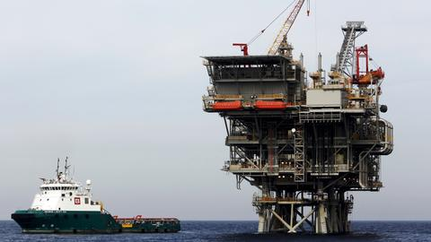 The oil and gas of Lebanon tempts the appetite of its neighbours