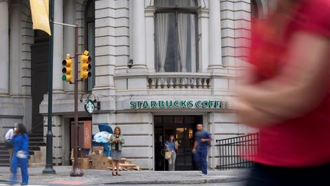 Starbucks shuts 8,000 stores for anti-bias training