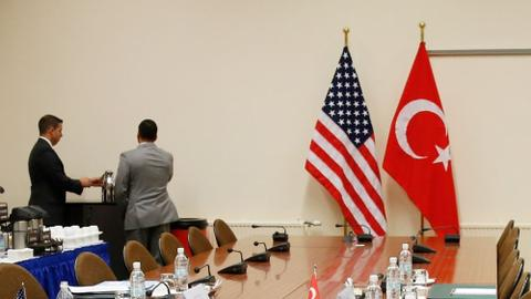 Cavusoglu heads to Washington amid conflicting statements on Manbij
