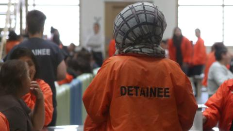Asylum seekers in US living like convicted criminals