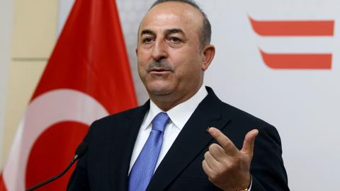 Turkey suspends readmission deal with Greece — Cavusoglu