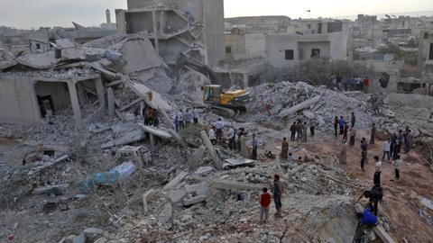 Air strikes, 'likely Russian', kill at least 44 in Syria's Idlib