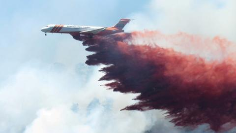 Thousands evacuated as Colorado wildfire doubles in size