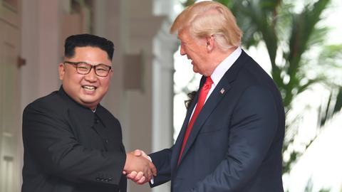 Trump, Kim kick off historic summit in Singapore
