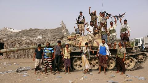 Yemen's rebel-held Hudaida under assault from Saudi-led coalition