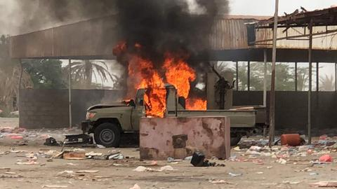 Fighting rages around airport in Yemen port city of Hudaida