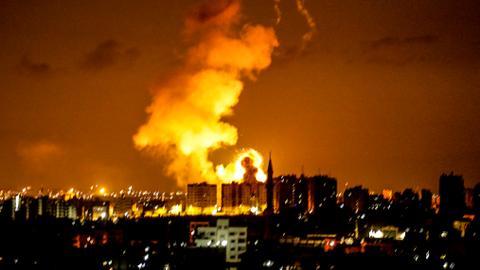Israeli warplanes pound Gaza