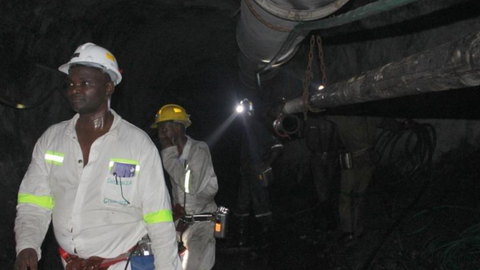 Copper mine dump collapse kills at least 10 miners in Zambia