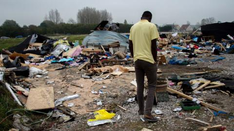 1,500 young refugees ready to be relocated from Calais