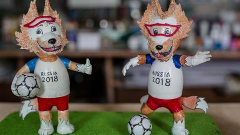 Vietnam craftsman makes World Cup mascots from eggshells