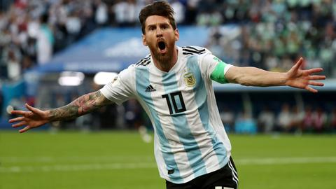 Messi's Argentina save World Cup hopes with last-gasp goal