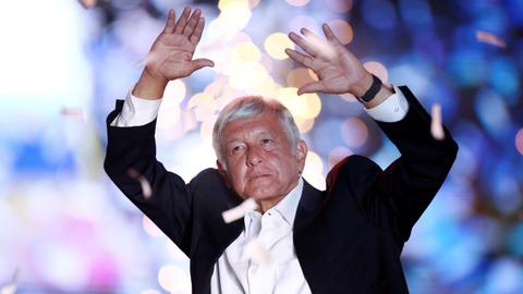 Leftist vows to cleanse Mexico of corruption, with victory beckoning