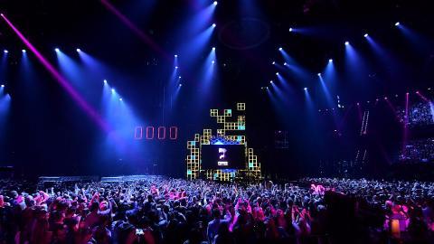 Justin Bieber wins big at 2016 EMAs
