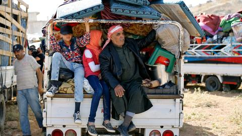 Amid war, Syrian regime calls on refugees to return home