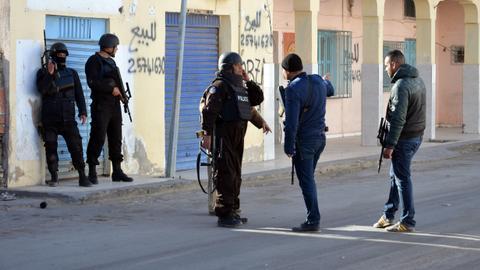 At least 6 killed in ambush near Tunisia-Algeria border