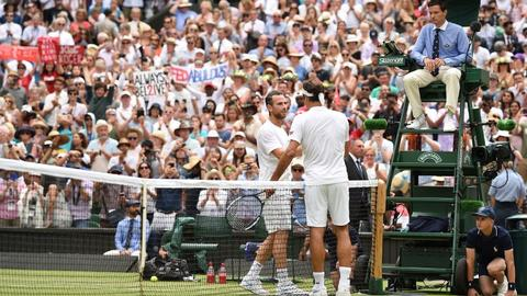 Federer, Nadal close in on dream Wimbledon final