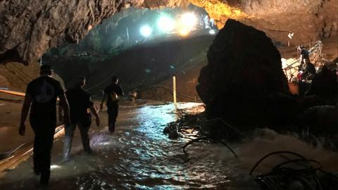All 12 boys and their coach rescued from flooded Thai cave