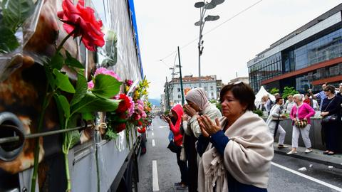 Bosnians honour 35 Srebrenica genocide victims
