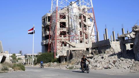 Assad's army enters Daraa to take control of the cradle of 2011 uprisings