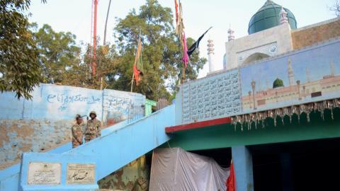 Bomb attack at shrine in Pakistan kills at least 50
