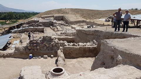 2,100-year-old Hellenistic temple unearthed in Turkey